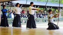 東西学生弓道選抜対抗試合 写真